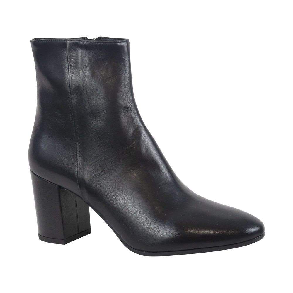 Aristocrat Almond Toe Block Heel Ankle Boot Black